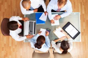 Network marketing vs affiliate marketing - team get-together